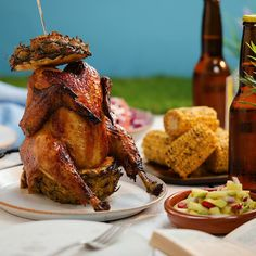 Chicken Roasted on a Pineapple is part of Pineapple Chicken Immaculate Bites - Beer can chicken is so last year Introducing pineapple roasted chicken! Comida Diy, Great Recipes, Favorite Recipes, Canned Chicken, Chicken Bird, Beer Chicken, Roast Chicken Video, Roast Chicken Recipes, Rotisserie Chicken