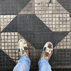 "80 curtidas, 7 comentários - Antonio Elias T. de Freitas (@jabbakarin) no Instagram: "" #nasruasdesampa #lovmyjob #amooquefaço #vansvault #lookdown #tileaddiction #pisantedodia…"""