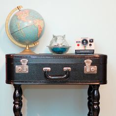 Tips on how to make a table from a vintage suitcase!