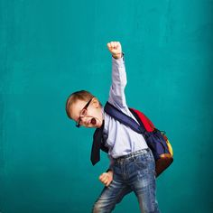 These ten procedures are sure to set your classroom up for success! Read about the ten procedures and how this fourth grade teacher gets started with back to school. Upper Elementary Resources, Elementary Schools, School Resources, Classroom Activities, Learning Activities, Classroom Ideas, Classroom Organization, Family Activities, Last Day Of School
