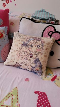 Sweet pea cushion