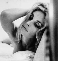 sharontate-polanski: Sharon Tate by James Silke, 1968 (for the loot, honey, for…