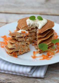 8 sunne pannekakeoppskrifter - til frukost, lunsj og middag! - LINDASTUHAUG Cottage Cheese, Pancakes, Bacon, Sandwiches, Mexican, Breakfast, Ethnic Recipes, Desserts, Food