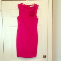 Trina Turk Ponte Dress Fitted with stretch, fully lined dress. Cute rosette on front. Zips up the back. Great condition, only worn once! Trina Turk Dresses