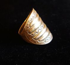 Old Kalevala Koru sterling Shield ring made in Finland design Ancient Jewelry, Finland, Class Ring, My Favorite Things, Bronze, Jewels, Jewellery, Rings, How To Make