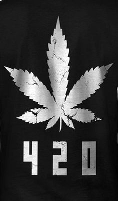 White Cannabis Leaf Men& T-shirt Marijuana Wallpaper, Weed Wallpaper, Iphone Wallpaper, Marijuana Art, Cannabis Plant, Medical Marijuana, Graffiti, Phone Backgrounds, Dope Art