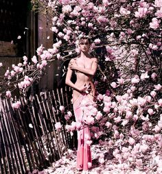 Karlie Kloss by Mario Testino for Vogue China, October 2015