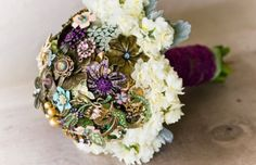 bouquet, bridal, wedding, vintage, jewelry, brooch, brooches, antique, handmade, purple, DIY, flowerless