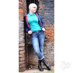 Skinhead Girl, Skinhead Fashion, Boy Fashion, Skinhead Style, Womens Fashion, Chelsea Cut, Punk Rock Girls, Skin Head, Mod Girl