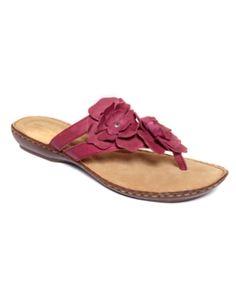 f06ba823bfff 7 Best Clark sandals images
