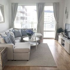 Condo Interior Design Ideas Living Room Navy Furniture A Toronto Packed With Stylish Small Space Solutions Home Outstanding Most Inspirational 80 Stunning Decor For Your Apartment Https