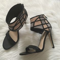 SUNDAY SALEVia Spiga color block heels Gorgeous heels with a thick ankle strap. Brand new. No tags. Offers welcome through offer tab. No trades. Right shoe bottoms were dorty so i cleaned them and the leather became flat instead of suede. Via Spiga Shoes Heels