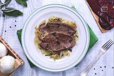 Great with home-grown sage. Fett, Nom Nom, Steak, Pork, Recipes, Drinks, Biscotti, Nutella, Sage