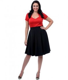 A fabulous black swing skirt thats perfect for pairing with your favorite blouse! #uniquevintage #retro