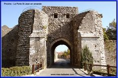 Porte st jean à PROVINS (77160)