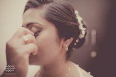 #Eyelashs for the picture pefect look!   Makeover by: Angels Blush-Lavanya Eugine Bridal MakeupArtist  #bride #eyelashes #bridalmakeup #gettingready #christianwedding #malayaleewedding #chennaiwedding #incognitoframes #candidweddingphotography #weddingphotography #candidwedding
