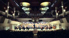 Entre aplausos y ovaciones en el Auditorio Nacional de la Música de Madrid, Film Symphony Orchestra decide a la batuta de su director Constantino Martínez-Orts, deleitar a su público con un par de temas no marcados en el programa. Entre ellos el tema de Superman.