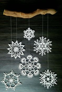 Set of 6 hand-crocheted snowflakes. All 6 snowflakes have a diameter of 8 cm. Crochet Snowflake Pattern, Christmas Crochet Patterns, Crochet Snowflakes, Crochet Flower Patterns, Crochet Christmas Decorations, Christmas Ornaments To Make, Xmas Decorations, Christmas Art, Doily Art