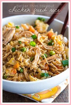 Enlist some leftover rice and frozen veggies for an oversized skillet full of Chicken Fried Rice. 27 Seriously Easy Meals To Make With Rotisserie Chicken chicken recipes 27 Seriously Low-Effort Rotisserie Chicken Dinners Leftover Shredded Chicken Recipe, Shredded Chicken Recipes, Healthy Rotisserie Chicken Recipes, Easy Chicken Fried Rice Recipe, Baked Chicken, Quick Fried Rice, Dill Chicken, Lemon Chicken Pasta, Chicken Treats