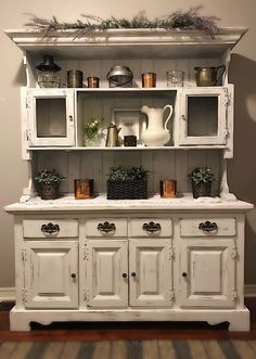 Holiday Sale BEAUTIFUL White Vintage Rustic Hutch Dining Room