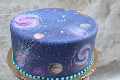 A Wondrous Galaxy themed cake