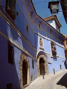 http://www.armoria.info/imgllibre/navarro_de_arzurriaga02._albarracin.jpg