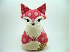 This is the fox that was in Etsy's Trend Setters a couple of weeks ago!