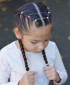 cool girl hairstyles Elastics and French braids for school and gymnastics. Have a great Wednesday! Cute Little Girl Hairstyles, Little Girl Braids, Baby Girl Hairstyles, Easy Hairstyles For Long Hair, Girls Braids, Box Braids Hairstyles, Kids Hairstyle, Toddler Hairstyles, Princess Hairstyles