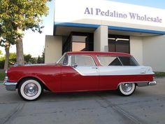 1955 Pontiac Safari 2 Door Station Wagon Station Wagon Cars, Pontiac, Shooting Brake, Hot Wheels Cars, Car Car, Old Cars, Custom Cars, Vintage Cars, Classic Cars