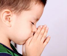children praying | yet despite knowing how important it is for us pray
