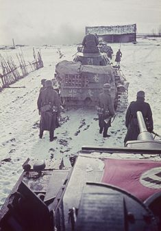 German Soldiers Ww2, German Army, Ww2 Pictures, Historical Pictures, Battle Of Moscow, Germany Ww2, Ww2 Tanks, War Photography, Special Forces