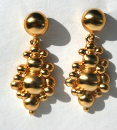 Vintage 80s Matte Gold Bubbles Optical Illusion Statement Earrings Tiffany Inspired Heavy High Quality Designer Jewelry