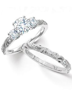 engagement ring and wedding band set; obsessed!!!!