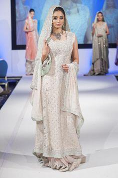 Pakistani & Indian Bridal Wedding Dresses 2015-2016 & Bridal Gowns Collection | StylesGap.com
