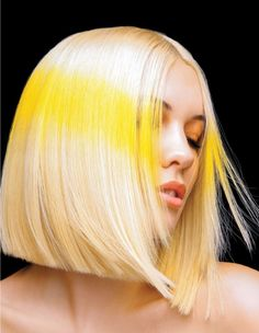 Yellow stripe creative colour on platinum blonde hair. Yellow Blonde Hair, Yellow Hair Color, Color Your Hair, Platinum Blonde Hair, Hair Inspo, Hair Inspiration, Fashion Inspiration, Creative Hair Color, Hair Brained