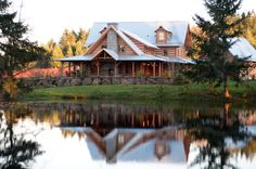 There are a lot of misconceptions about maintaining a log home. Let us debunk 10 of the most common log home maintenance myths.