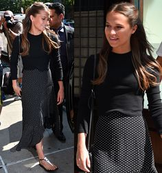 Alicia Vikander leaving her Greenwich Hotel in New York City on July 2016 Alicia Vikander Hair, Alicia Vikander Style, Greenwich Hotel, Preppy Style, My Style, Casual Outfits, Fashion Outfits, Elegant Outfit, Work Fashion