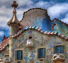 世界遺産 カサ・バトリョ アントニ・ガウディの作品群の絶景写真画像  スペイン