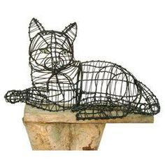 Cat Lying Topiary Wire Frame