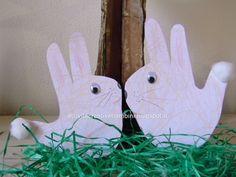 Attività Creative Per Bambini: Coniglietti Pasquali con le manine
