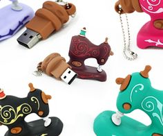 Smartneedle.com - USB 2Gb and 4Gb drives **This site has the most adorable stuff!!**