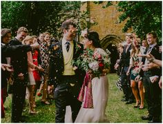 Add to the bohemian wedding look with ethnic baskets filled with dried and scented flower petals to throw instead of confetti. Be warned though it gets everywhere and needs to be thrown up not at you. #weddingideas #boho #inspiration #weddingreception #festivalwedding #hippy Images by Lucabella. www.lucabella.co.uk