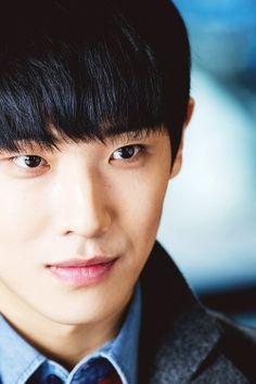 Lee Joon #MBLAQ   Love that tiny bit of smile...