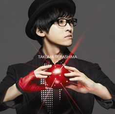 Takuma Terashima's cover art which is his 3rd single(SCARLET SIGN). photo by animate online shop