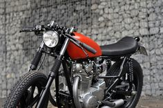 YAMAHA XS650 CAFE RACER BY LEFT HAND CYCLES