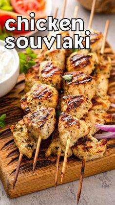 Chicken Souvlaki Marinade, Greek Chicken Souvlaki, Chicken Gyros, Cooked Chicken, Tzatziki Chicken, Chicken Gyro Recipe, Greek Chicken Skewers, Greek Marinated Chicken, Grilling Recipes