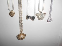 Necklace reveals..pretty
