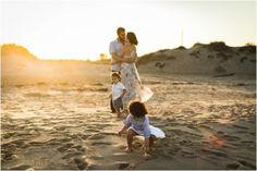 Sesiones de fotos y reportajes para familias en Valencia. Fotografa de Valencia con estudio fotográfico en Betera. Bebés, familias, embarazadas, niños...