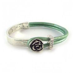 Love armband groen met bloem image