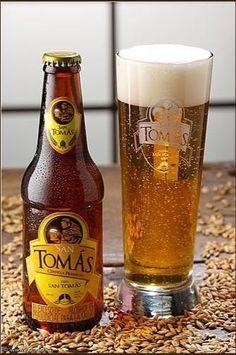Cerveja Apóstol tipo Helles, estilo Munich Helles, produzida por Cervecería Inducerv, Colômbia. 4.6% ABV de álcool.